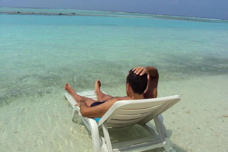 Relaxar nas praias das Maldivas