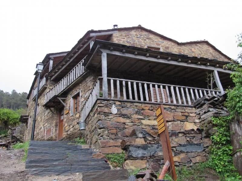 Casas de xisto na Cerdeira
