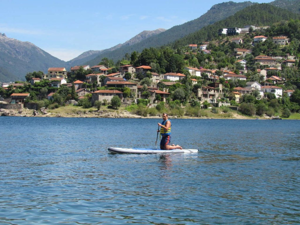 Stand Up Paddle (SUP) no Gerês.