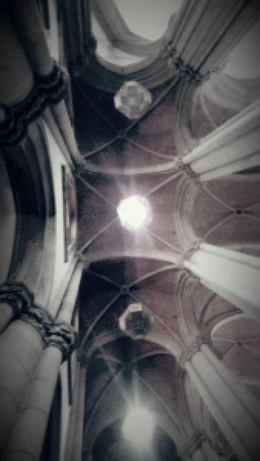Teto da Catedral da Sé em estilo neogótico. Foto: Patrícia Ribeiro/ Passeios Baratos em SP