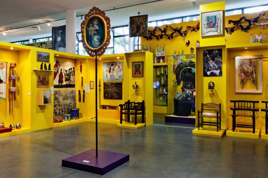 Exposição Sagrado Profano Foto: Divulgação
