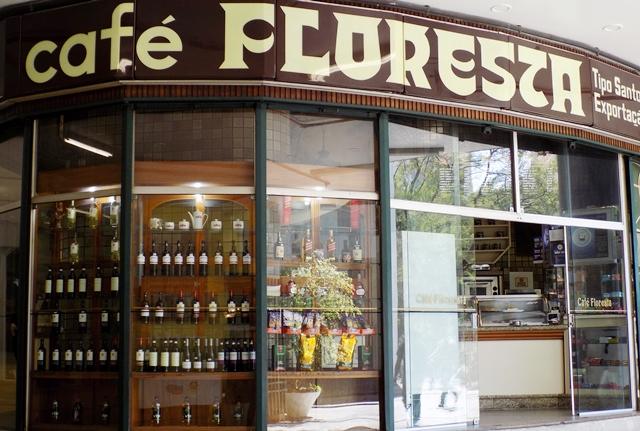 Café Floresta tem mais 40 anos no mesmo endereço Foto: Natalia Leme