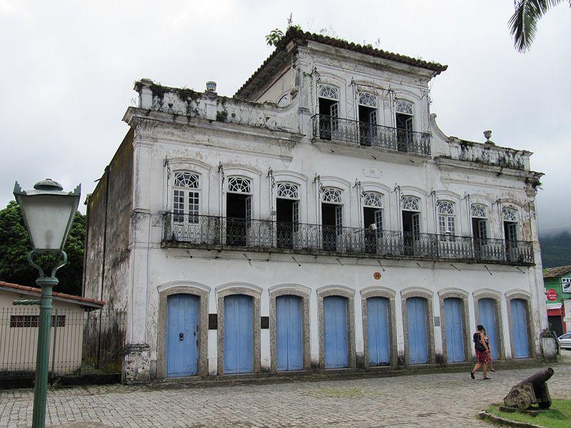 Sobradão do Porto no centro histórico de Ubatuba wikimedia
