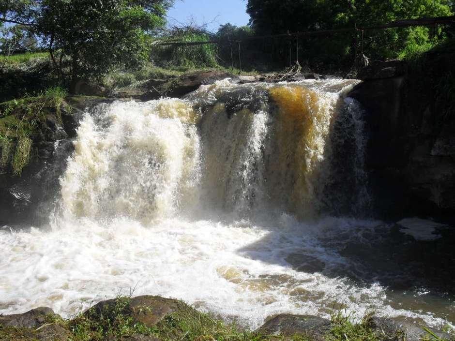 Cachoeira na Fazenda Ipanema