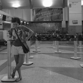 Time to return home... hora de retornar para casa... by Paulo Wang passengers,
