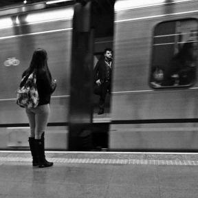 The hidden passenger... O passageiro escondido.... by Paulo Wang achadosdasemana, all_bnwshots, amigersbr, bnw_universe, brasilpb, brstreet, bwstylesgf, capturestreet, fotomissao, ic_streetlife, ig_saopaulo, ig_street, jornalistasdeimagens, mafia_streetlove, mobgraphia, mono_street, new_chiquesnourtemo, passengers, pix_mania, rsa_streetview, shootermag_brasil, spdagaroa, streetbwcolor, streetbwcolor_2016_11, streetlife_award, streetphoto_brasil, super_saopaulo, vejocotidiano, vejo_sp,