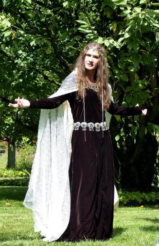 """Morgane, spectacle """"Les naissances de Merlin"""""""