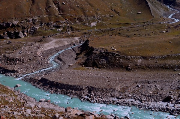 Journey to Kaza - The terrain... changes its looks with every mile...