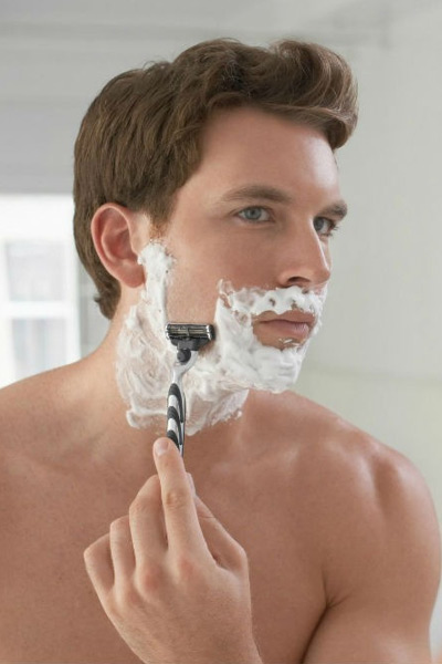 se raser la barbe