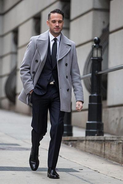 tenue formelle pour s'habiller pour aller au travail