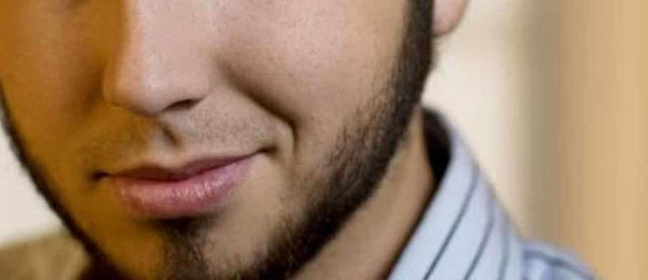 barbe sans moustache