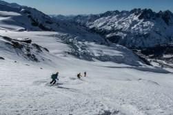 Une belle neige en direction du glacier