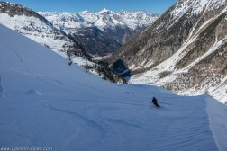 Un peu de neige facile à skier !