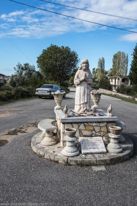 Mère Teresa est à l'honneur régulièrement autour de Shkoder