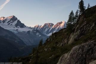 Approche face au massif du Mont-Blanc