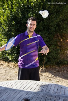 exercice service court badminton