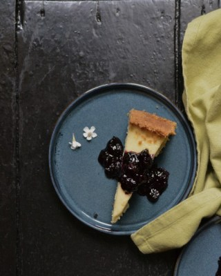 Blueberry & Lime Baked Cheesecake