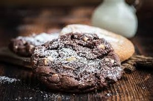choc almond cookies [320x200]