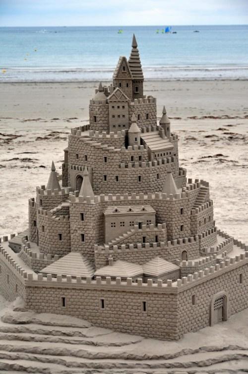 Ultimate_Sand_Castle[1]