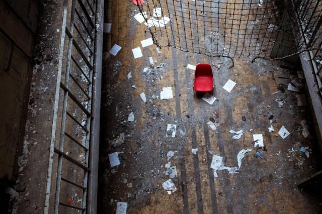 Prison 1 abandonnée 2 -Rémi Procureur
