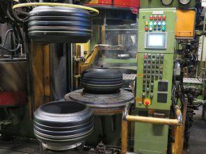 Reifenherstellung bei Dunlop