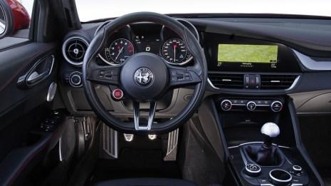 Alfa Romeo Giulia QV Innenraum