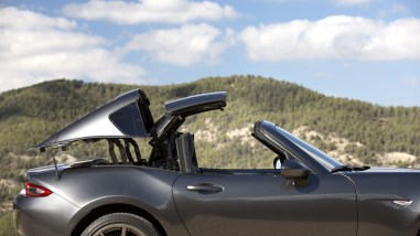 Mazda MX-5 RF (ND) Retractable Fastback