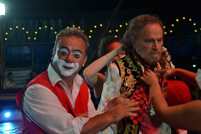 Circo Medini L'uomo che disegnò Dio