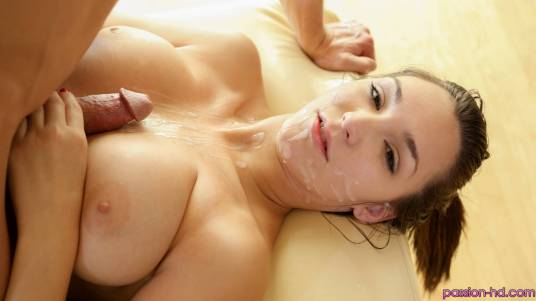 Passion Hd Holly Michaels in A Day Off 3