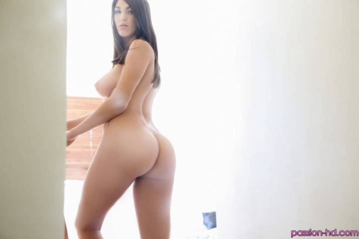 Passion Hd Holly Michaels in Deep Cleaning 11