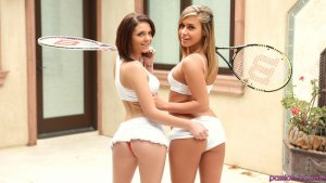 Passion Hd Kiera Winters & Kennedy Leigh in Working it Out 14