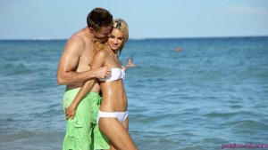 Passion Hd Uma Jolie in Beach Babe 17