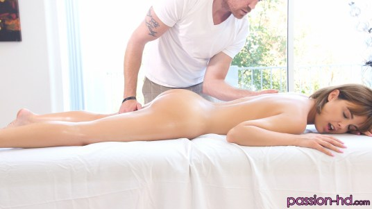 Dillion Harper's Morning Massage 9