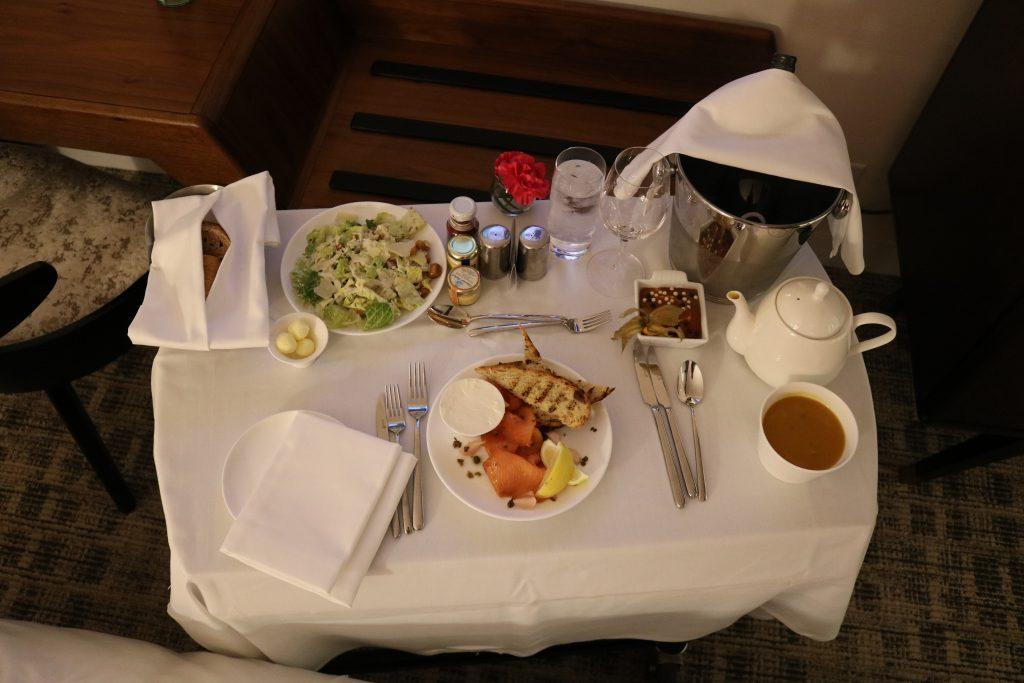 Fairmont Le Queen Elizabeth Room Service