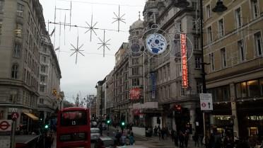 Weihnachtsdeko in der Stadt
