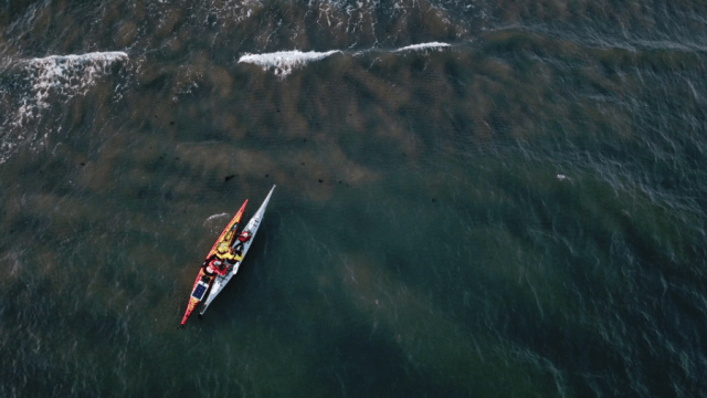 drone-photo-of-two-kayaks