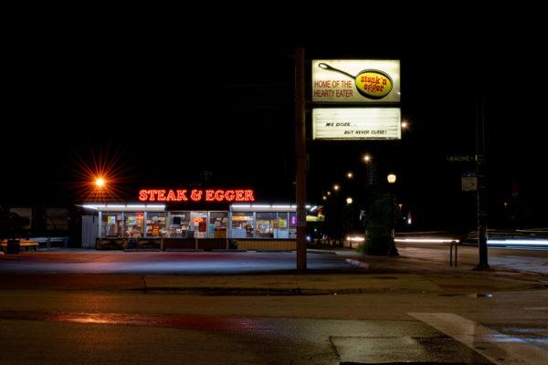 americana diner at night