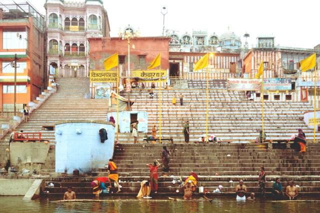 river-ganges-at-jaunpur-carmen-auntiegold-travel-india