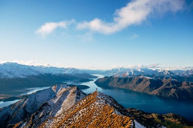 LakeWanaka-MountRoy-NewZealand-JimmyRaper