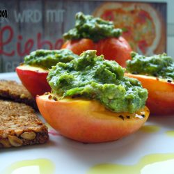 Nectarines with pesto topping