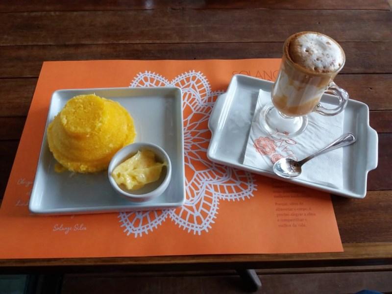 Bahian cuisine - flavors to taste in Salvador - corn flour cuscuz