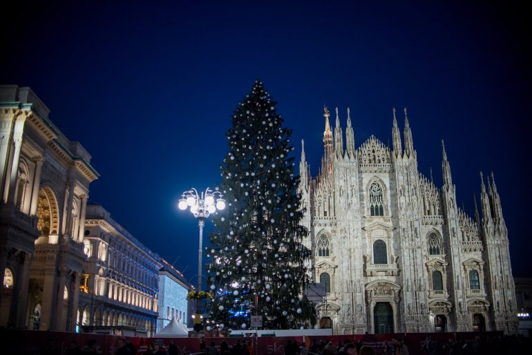Piazza del Duomo at night - Travel Notes on Milan, Italy