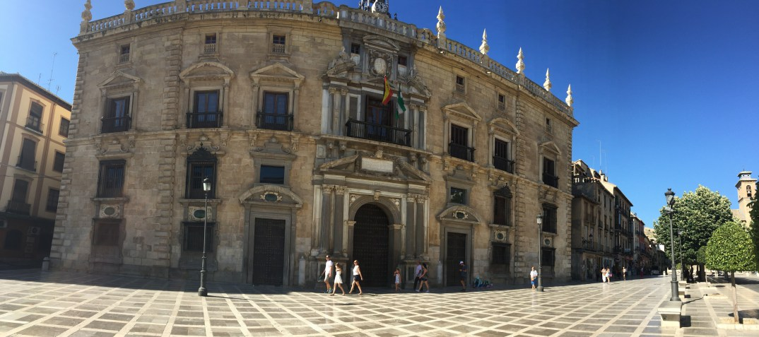The meeting point - Plaza Nueva