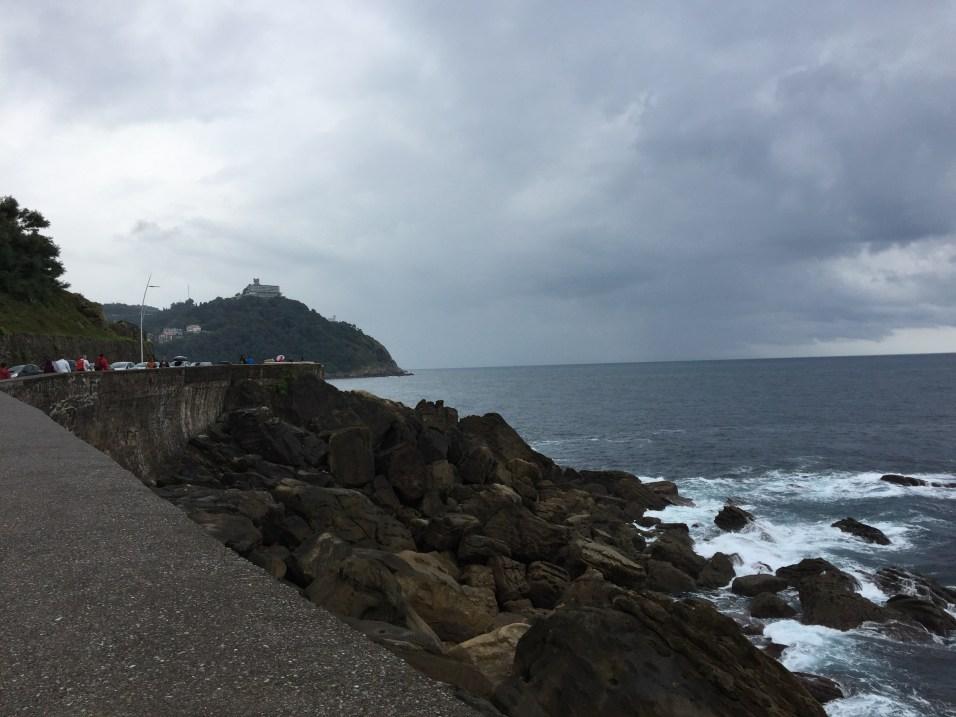 Gorgeous views around the sea!