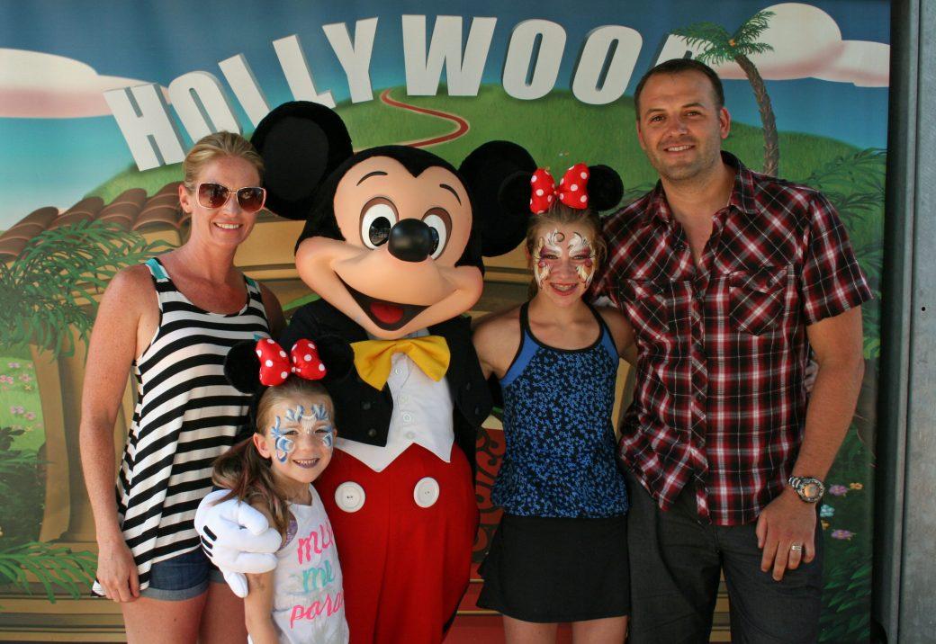 Meeting Mickey Mouse, Disney Paris