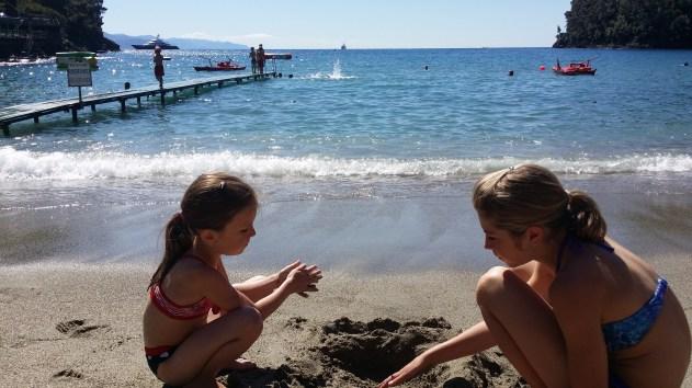 Paraggi Beach