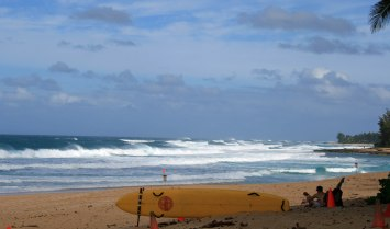 North Shore Pipeline, Oahu, Hawaii