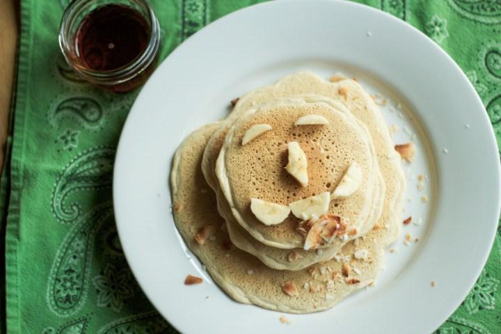 banana-coconut-stuffed-pancakes-3