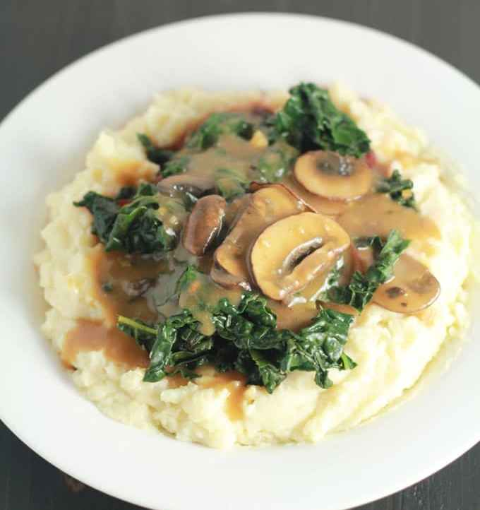 Protein-Packed-Vegan-Mashed-Potatoes-and-Gravy | https://passtheplants.com