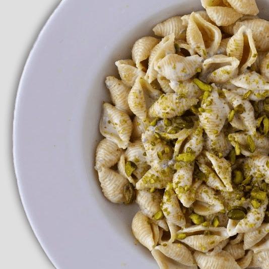 conchiglie-con-gorgonzola-e-pistacchi